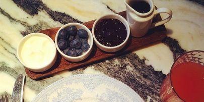 Serveware, Dishware, Tableware, Drinkware, Food, Drink, Ingredient, Plate, Meal, Porcelain,