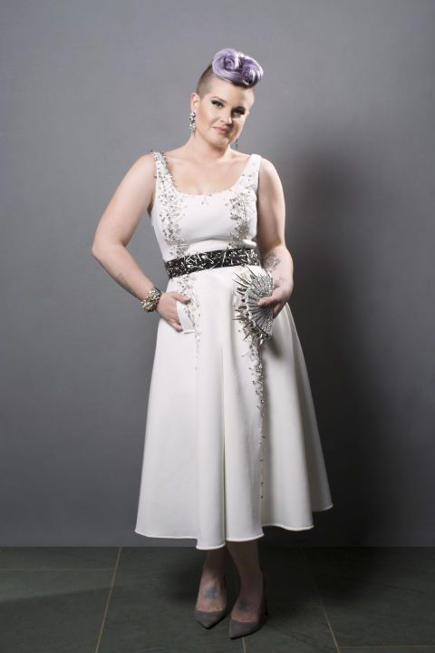Dress, Shoulder, Joint, Standing, White, Style, One-piece garment, Slipper, Day dress, Fashion,