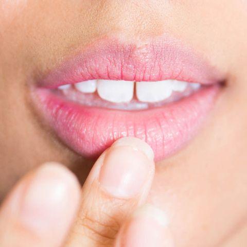 Lip, Cheek, Finger, Skin, Eyelash, Organ, Beauty, Close-up, Tooth, Magenta,