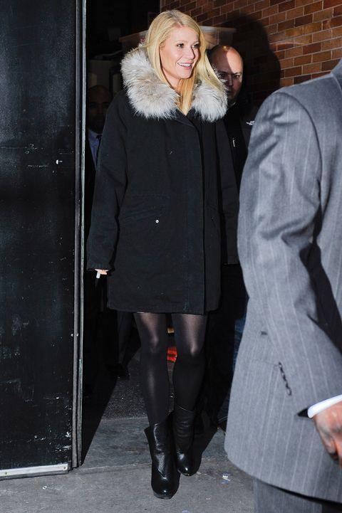 Leg, Sleeve, Coat, Human body, Winter, Textile, Standing, Outerwear, Overcoat, Style,
