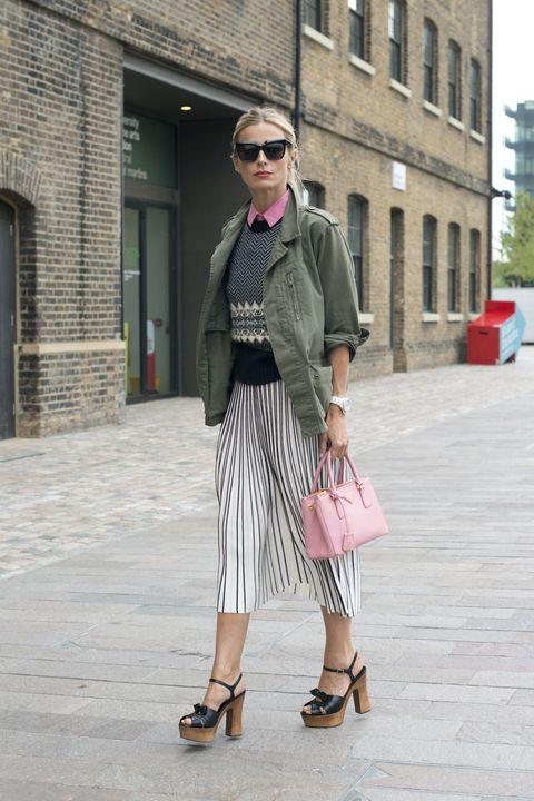 Clothing, Eyewear, Footwear, Vision care, Sunglasses, Window, Shoulder, Textile, Bag, Outerwear,