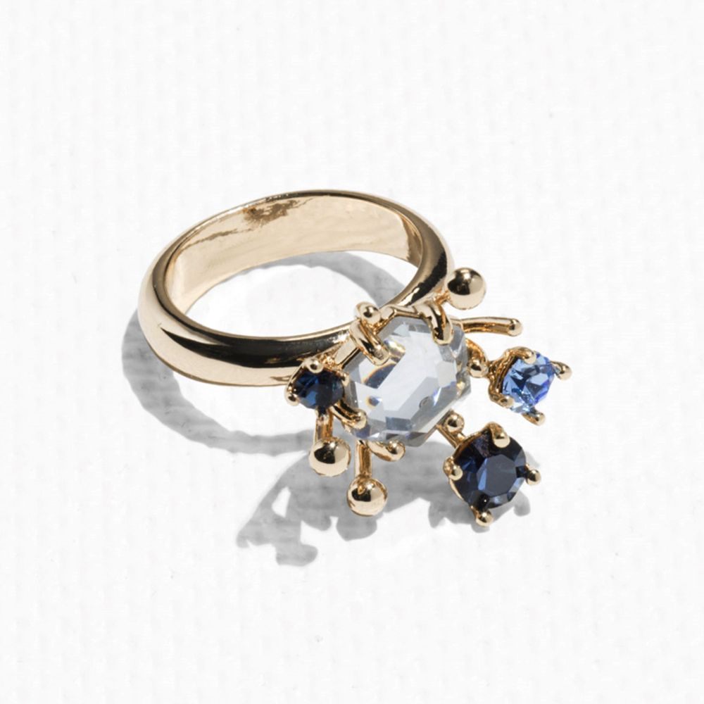 20 gorgeous pieces of jewellery to wear this Christmas   Fashion