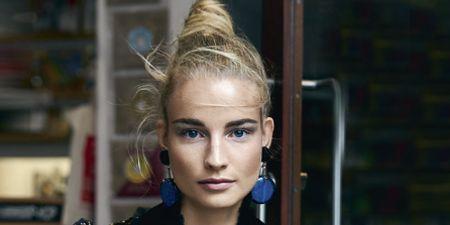Hairstyle, Collar, Eyelash, Style, Fashion, Street fashion, Blond, Model, Fashion model, Earrings,