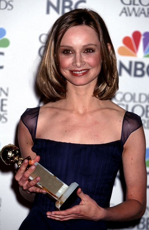 Award, Hairstyle, Blond, Brown hair, Dress, Long hair, Smile, Award ceremony, Cocktail dress,