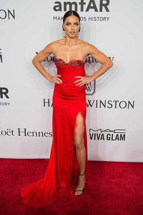 Human, Dress, Shoulder, Red, Joint, Flooring, Style, Formal wear, Waist, One-piece garment,