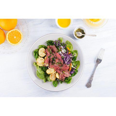 Food, Dishware, Tableware, Ingredient, Leaf vegetable, Citrus, Produce, Cuisine, Fruit, Tangerine,