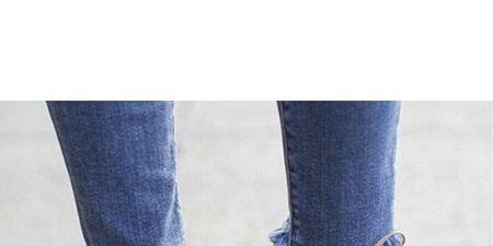 Leg, Blue, Brown, Shoe, Denim, Jeans, Human leg, Textile, Joint, Tan,