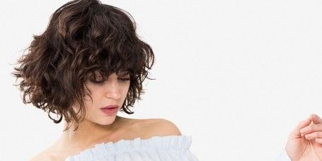 White, Shoulder, Hair, Clothing, Joint, Hairstyle, Arm, Neck, Human body, Dress,