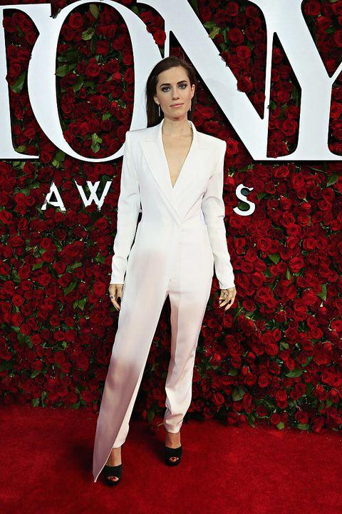 Sleeve, Red, Collar, Style, Formal wear, Blazer, Carmine, Petal, Carpet, Pantsuit,