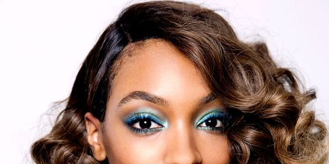 Lip, Brown, Hairstyle, Chin, Forehead, Eyebrow, Eyelash, Earrings, Style, Beauty,