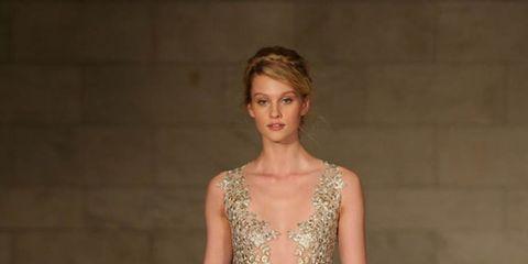 Fashion model, Gown, Dress, Clothing, Haute couture, Fashion, Fashion show, Bridal party dress, Wedding dress, Shoulder,