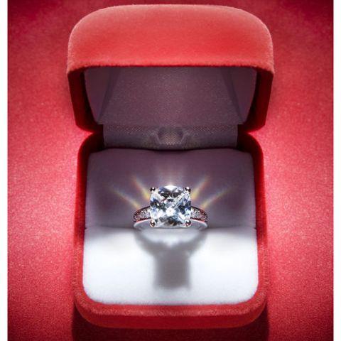 Red, Carmine, Maroon, Material property, Ring, Still life photography, Silver, Gemstone, Macro photography, Diamond,