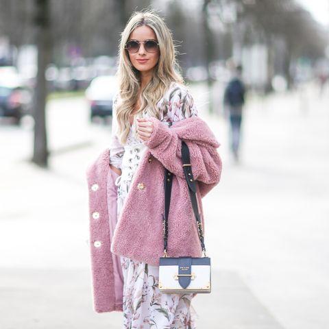 Clothing, Pink, Street fashion, Fur, Fashion, Shoulder, Outerwear, Coat, Snapshot, Winter,