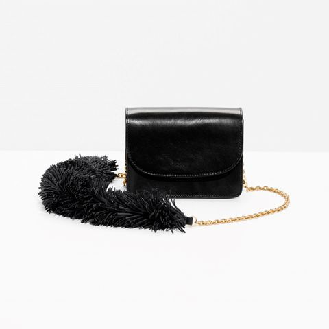 Costume accessory, Hair accessory, Natural material, Brush, Leather, Fur, Costume hat, Makeup brushes,