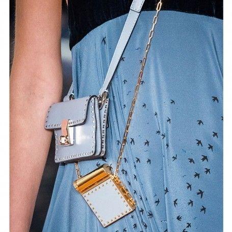 Textile, Pattern, Bag, Shoulder bag, Wallet, Stitch, Pocket, Linens, Needlework, Pattern,