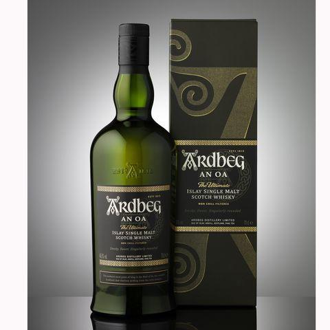 Alcoholic beverage, Distilled beverage, Drink, Liqueur, Bottle, Whisky, Glass bottle, Scotch whisky, Single malt scotch whisky, Wine,