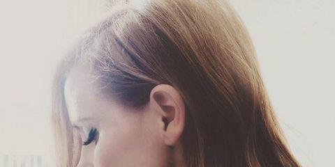 Lip, Hairstyle, Chin, Eyebrow, Mammal, Eyelash, Jaw, Beauty, Long hair, Neck,