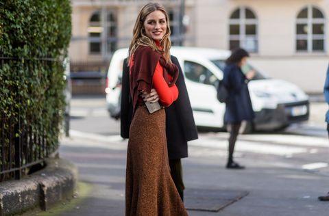 Street, Street fashion, Dress, Bag, Waist, Maroon, Pedestrian, Brown hair, Hedge, Day dress,
