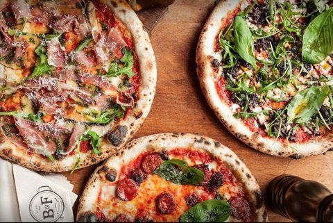 Dish, Food, Cuisine, Pizza, Flatbread, California-style pizza, Ingredient, Tarte flambée, Italian food, Manakish,