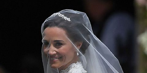 Wedding dress, Bride, Gown, Veil, Bridal accessory, Dress, Bridal clothing, Bridal veil, Clothing, Hair accessory,