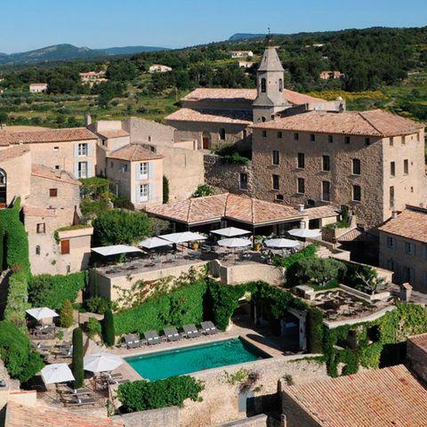 Town, Building, Human settlement, Tourism, Village, Historic site, Architecture, City, Mountain village, Ancient history,