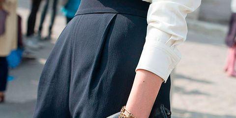 Street fashion, Black, Clothing, Fashion, Waist, Arm, Beauty, Outerwear, Joint, Eyewear,