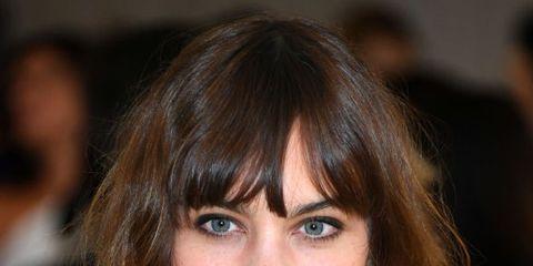 Hair, Face, Hairstyle, Bangs, Eyebrow, Brown hair, Chin, Layered hair, Beauty, Hair coloring,