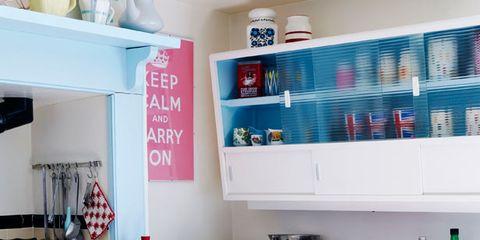 Room, Bottle, Home appliance, Major appliance, Kitchen appliance, Small appliance, Shelving, Kitchen, Drink, Shelf,