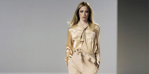Sleeve, Human body, Shoulder, Fashion show, Joint, Runway, Fashion model, Style, Waist, Fashion,