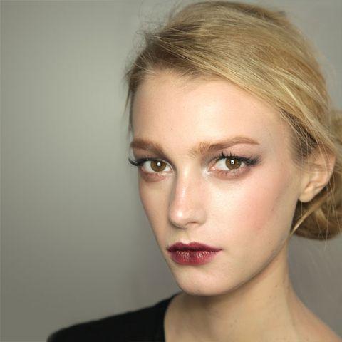 Lip, Cheek, Hairstyle, Skin, Chin, Forehead, Eyebrow, Eyelash, Jaw, Eye shadow,
