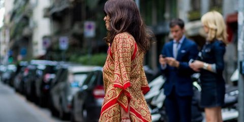 Street fashion, Clothing, Hairstyle, Fashion, Snapshot, Dress, Joint, Outerwear, Long hair, Photography,