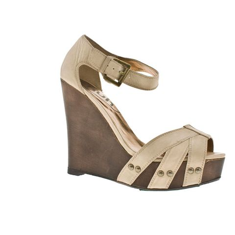 Brown, Sandal, High heels, Khaki, Tan, Leather, Beige, Foot, Basic pump, Strap,