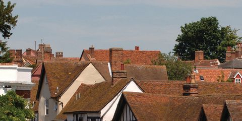 Neighbourhood, Town, Residential area, Roof, Building, House, Road surface, Street, Real estate, Home,