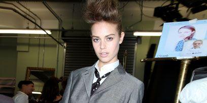 Hairstyle, Dress shirt, Collar, Shoulder, Shirt, Style, Fashion, Uniform, Tie, Belt,