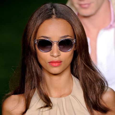 Eyewear, Glasses, Vision care, Lip, Hairstyle, Skin, Chin, Forehead, Shoulder, Sunglasses,