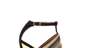 Footwear, High heels, Brown, Sandal, Tan, Fashion, Basic pump, Beige, Close-up, Foot,