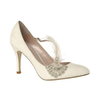 Footwear, White, Fashion, Tan, Beauty, Beige, Basic pump, High heels, Close-up, Fashion design,