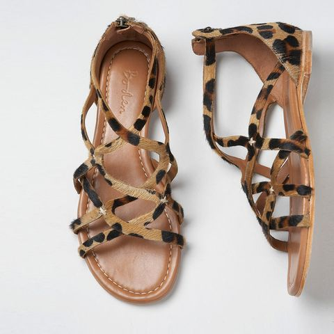 Brown, Product, Sandal, Tan, Fashion accessory, Fashion, Beige, Bronze, Natural material, Metal,