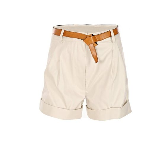 Brown, Textile, White, Khaki, Tan, Beige, Active shorts, Ivory, Pocket, Fashion design,