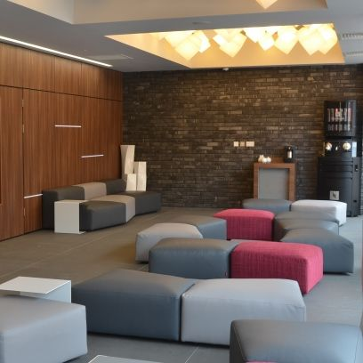 Interior design, Room, Floor, Property, Wall, Flooring, Ceiling, Living room, Light fixture, Interior design,