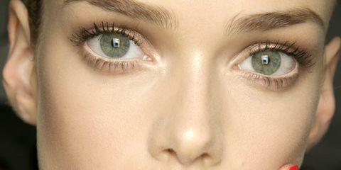 Finger, Lip, Cheek, Skin, Eyebrow, Eyelash, Nail, Red, Hand, Manicure,