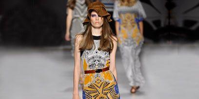 Clothing, Shoulder, Fashion show, Joint, Runway, Style, Fashion model, Waist, Hat, Street fashion,