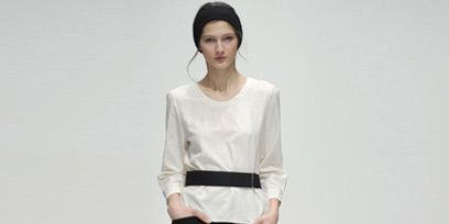 Clothing, Brown, Sleeve, Shoulder, Human leg, Textile, Joint, Standing, White, Waist,