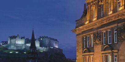 Landmark, Facade, Town, Night, Metropolitan area, Midnight, Metropolis, Light fixture, Medieval architecture, Spire,