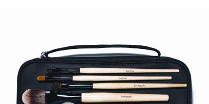Musical instrument accessory, Rectangle, Office supplies, Stationery, Leather, Wallet, Cosmetics,