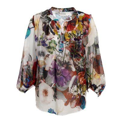Product, Sleeve, Collar, Textile, Pattern, Fashion, Clothes hanger, Design, Visual arts, Fashion design,