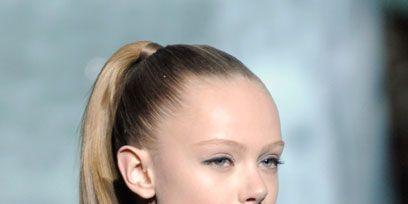 Ear, Lip, Hairstyle, Eyebrow, Eyelash, Style, Jaw, Street fashion, Beauty, Neck,