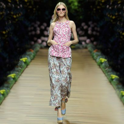 Clothing, Textile, Sunglasses, Street fashion, Waist, Magenta, Goggles, Fashion model, Spring, Fashion design,