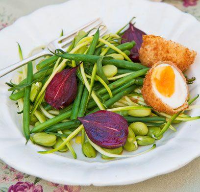 Food, Ingredient, Produce, Dishware, Finger food, Vegetable, Fried food, Serveware, Leaf vegetable, Whole food,