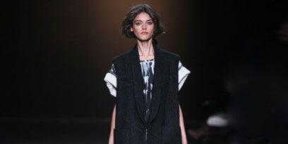 Fashion show, Shoulder, Outerwear, Runway, Style, Collar, Fashion model, Blazer, Jacket, Fashion,